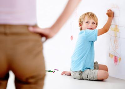 bagaimana-mengelakkan-anak-conteng-dinding