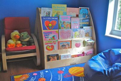 mini-library-untuk-anak